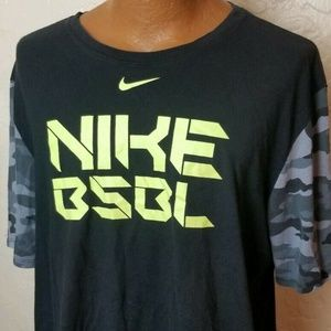 The Nike Tee Mens Athletic Dri Fit T Shirt Size XL
